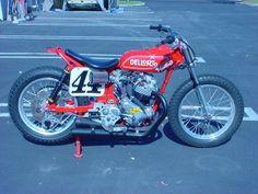 44.... Flat Track Motorcycle, Flat Track Racing, Motorcycle Design, Men Warehouse, Hell On Wheels, Push Bikes, Flat Tracker, Power Wheels, Cb750
