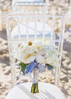 White Bouquet | Clear Chiavari Charis | South Padre Island Weddings | JoAnna Dee Weddings