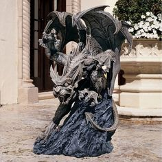 The Design Toscano Scatheus Guardian of the Shadows Gargoyle Sculpture adds dramatic flair to any yard or garden. This expertly-crafted gargoyle is. Outdoor Statues, Garden Statues, Garden Sculptures, Metal Sculptures, Fantasy Creatures, Mythical Creatures, Dragon Statue, T Rex, Decoration
