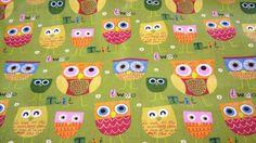 *Stoff ♥Eulen♥auf frischem Grün, Baumwolle*      Wunderschöner Stoff,feste Qualität, für deine kreative Zeit ob Taschen, Kleidung oder oder...    *...
