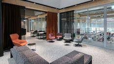 Drei Farben Blau - DEAR Büro - Projekte | dear-magazin.de Building, Room, Furniture, Home Decor, New Construction, Color Blue, Interior, Architecture, Bedroom