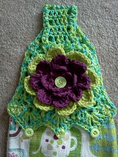 Ravelry: Project Gallery for Towel Topper H pattern by Carol Smith Crochet Towel Tops, Scrubbies Crochet Pattern, Crochet Towel Holders, Crochet Dish Towels, Crochet Kitchen Towels, Crochet Dishcloths, Crochet Stitches Patterns, Crochet Art, Crochet Home