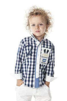 UBS2 Spaanse kinderkleding tm maat 134. Dit label is van hoge kwaliteit voor een zeer scherpe prijs. De look is een combinatie van klassiek & sportief met een spaanse twist.. CHECK OUT WWW.STADESIGN.NL VOOR MEER LOOKS. Baby Shirts, Boys T Shirts, Sports Shirts, Baby Boy Outfits, Kids Outfits, Baby Boy Clothing Sets, Kids Fashion Boy, Men's Coats And Jackets, Manish
