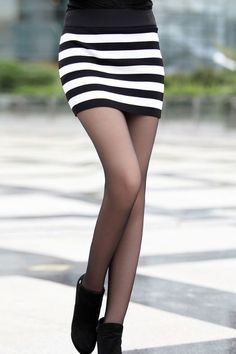 Black striped white mini skirt 2018 2019 #miniskirt #miniskirts #skirts #fashion #style #women #vintage