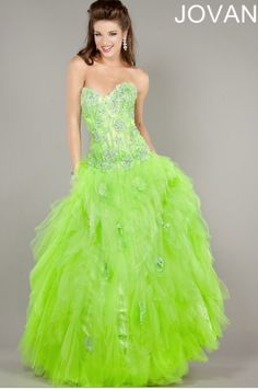 ......... freaking love this dress