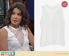 Robin's white checkerboard triangle top on How I Met Your Mother. Outfit Details: http://wornontv.net/21861 #HowIMetYourMother