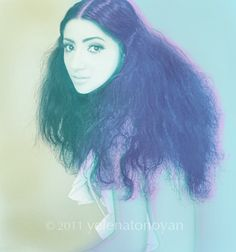 An example of Yelenatonoyan's 60's inspired soft portrait photography & styling