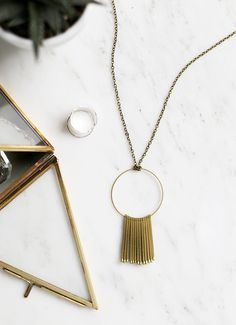 I've been wearing my marble necklace from Madewell basically every day since Christmas and I've been thinking I should add another necklace into the rotation to mix things up a bit! I had leftover brass circles from the geometric Christmas ornaments I made and have been wanting to make them into a necklace. I mixed …