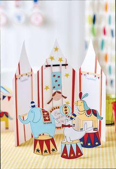 Make a paper circus set