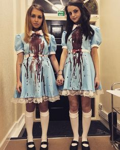 50 Best Friend Group Halloween Costume Ideas For Girlfriends - Hello Bombshell! - - Looking for a clever Halloween costume idea for you and your Best Friend(s)? Here are ideas cute, clever, and unique women's Halloween costume ideas for girlfriends. Terrifying Halloween Costumes, Best Friend Halloween Costumes, Halloween 2019, Halloween Ideas, Halloween Makeup, Creepy Doll Costume, Hamilton Halloween Costume, Scary Couples Halloween Costumes, Halloween Outfits For Women