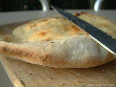 Pan de Pita con Thermomix: un pan ideal para rellenar con verduras y carnes por dentro o para acompañar un riquísimo Hummus preparado con Thermomix