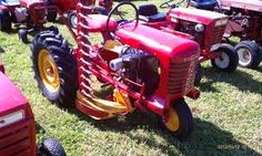 Google Image Result for http://www.tractorbynet.com/forums/attachments/general-lawn-garden/264850d1336837394-antique-lawn-garden-tractors-forumrunner_20120512_114250.png