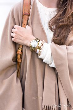 Marja Kurki poncho and outfit details on Strictly Style blog. #style #poncho #accessories #falltrends