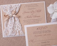 ABIGAIL: Burlap and Lace Wedding Invitation por peachykeenevents