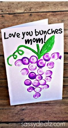 """""""Love You Bunches"""" Kids Thumbprint Grapes Card - mothers day gift idea Daddy Day, Mom Day, Mothers Day Crafts For Kids, Fathers Day Crafts, Classroom Crafts, Preschool Crafts, Diy Crafts, Yarn Crafts, Thumbprint Crafts"""