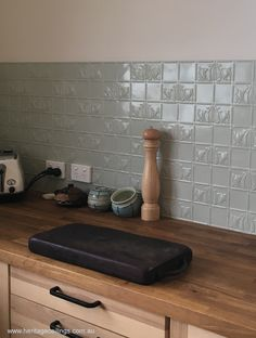 The Aurelia pressed metal panel is ideal for an economical splashback. Pressed metal is cheap per square metre and easy to install. Open Kitchen Layouts, Pressed Metal, Italian Tiles, Modern Cottage, Metal Panels, Open Layout, Splashback, Color Tile, Kitchen On A Budget