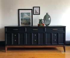 Matte Black and Wood Mid Century Modern Dresser by Dixie//Refinished MCM Credenza//Vintage Modern Media Console//Mid-Century Sideboard Matte Black and Wood Mid Century Modern Dresser by Upcycled Furniture, Vintage Furniture, Painted Furniture, Vintage Sideboard, Modern Sideboard, Plywood Furniture, Classic Furniture, Modern Furniture, Home Furniture