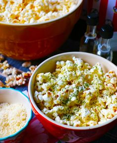 This gourmet popcorn with dill, Parmigiano-Reggiano and black truffles infused olive oil is such a delicious movie night snack. The recipe is by Katie Cross and Kimberley Copithorne of The Health and Happiness Cookbook. Gourmet Popcorn, Popcorn Recipes, Gourmet Recipes, Vegetarian Recipes, Snack Recipes, Dinner Recipes, Healthy Recipes, Movie Night Snacks, Night Food