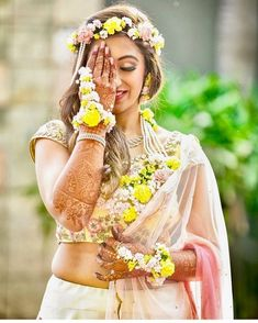 Check out and grab your inspiration from these brides and sport the trendiest bridal floral jewelry at your pre-nuptials! . . . #jewellery #flowerjewellery #floraljewellery #weddingjewellery #mehndifunction #haldifunction #shaadidukaan Mehendi Photography, Wedding Photography Poses, Flower Jewellery For Haldi, Haldi Ceremony, Indian Wedding Planning, Wedding Function, Special Dresses, Different Dresses, Floral Hair