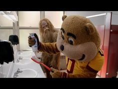 Goldy Gopher & Bigfoot