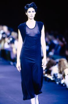 dbd635d167b127 See the complete Comme des Garçons Spring 1991 Ready-to-Wear collection.
