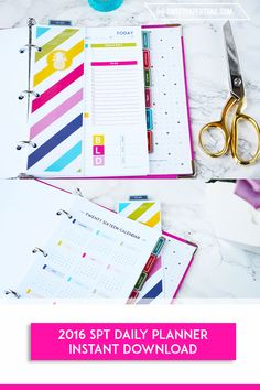 This awesome To-do page and year at a glance is included in the New SPT 2016 Planner as well as other extras.  Check them out & enter to win your very own set of printables. Now in a Junior half page size. #2016 #PLANNER