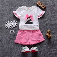 2017 Baby Girl Clothes Short Sleeve Shirts+Shorts 2pcs Girl Clothing Set Fashion Summer. Department Name: ChildrenItem Type: SetsStyle: FashionCollar: O-NeckClosure Type: PulloverFit: Fits true to size, take your normal sizePattern Type: Polka DotOuterwear Type: ShortsSleeve Style: Petal SleeveGender: GirlsMaterial: Polyester,Spandex,CottonModel Number: clothes setSleeve Length: ShortFit for : 1-4 years  oldSeason : SummerStyle : Fashion,casualModel number : ly070Material : Cotton,linenKids…
