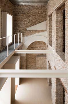 García Torrente Arquitectos, Fernando Alda · Rehabilitation of Housing Unit