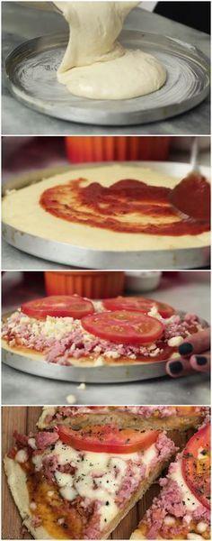 PIZZA DE LIQUIDIFICADOR DE 15 MINUTOS Modo de Preparo Rendimento: 1 pizza grande Ingredientes 1 Colher (sopa) Margarina 1 Xícara (chá) de Leite 1 e ½ Xícara (chá) Farinha de Trigo 1 Colher (sopa) de Fermento Químico 1 Ovo Pimenta e Sal á gosto Instruções Bata no liquidificador o leite, ovo e margarina. Tempere com sal, pimenta e junte a farinha de trigo aos poucos. (se necessário de aquela forcinha pro liquidificador). Assim que tudo estiver bem batido, junte o fermento e misture apenas com…