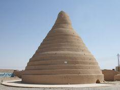 Yakhchal of Yazd province - Qanat - Wikipedia, the free encyclopedia