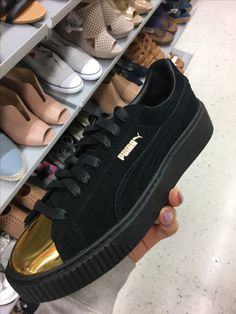 Watch out for fake Puma Rihanna Creepers - Velvet when you ...