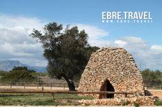#BarracadelAmetller, cultura i tradició, a #Freginals, #TerresdelEbre. Properament a http://www.ebre.travel/  #BarracadelAmetller, cultura y tradición, en #Freginals, #TerresdelEbre. Próximamente en http://www.ebre.travel/  #BarracadelAmetller, culture and tradition, in #Freginals, #TerresdelEbre. At http://www.ebre.travel/ soon.