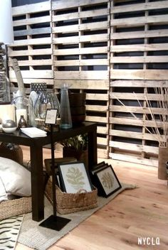 ::: FOCAL POINT :::: WEST ELM & PALLETS WITH PURPOSE...retail pallet display wall
