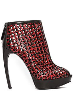 Alexander McQueen - Women's Shoes - 2014 Spring-Summer Lux Fashion, Alexander Mcqueen Shoes, Shoes 2014, Me Too Shoes, Women's Shoes, Crazy Shoes, Hot Heels, Killer Heels, Kinds Of Shoes