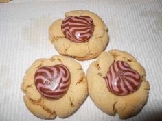 Too Cute!  Valentine's Cookie with Dove Chocolate and Strawberry Swirl Hearts
