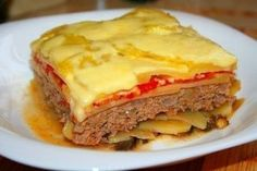 Vegetable casserole with forcemeat - New best recipes for cooking Best Appetizer Recipes, New Recipes, Good Food, Yummy Food, Vegetable Casserole, Romanian Food, Stuffing Recipes, Stuffed Peppers, Meat