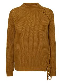 Knit jumper from VERO MODA. Style with a pair of blue jeans for a cool everyday look.