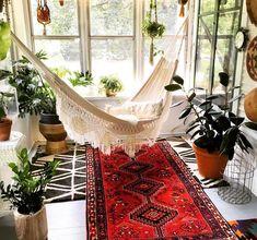 Bohemian Style Interior Design und Dekor-Ideen – Bohemian Inspirations – - All About Decoration Bohemian House, Bohemian Decor, Bohemian Style, Boho Chic, Modern Bohemian, Bohemian Lifestyle, Gypsy Home Decor, Bohemian Apartment, White Bohemian