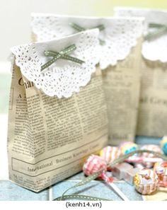 Embrulhos originais feitos com material reciclado / Original gift wrapping made from recycled material