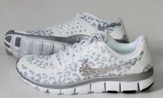 6f40a5403b44 NIKE run free 5.0 v4 shoes w Swarovski Crystals Cheetah Nike Outfits