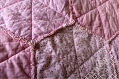 Kit's Crafts - Hexagon Rag Quilt