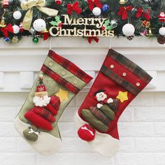 1pcs Table Decorations Wine Bottle Cover Ornament Wedding Table Decorations Novelty Decoration Snowman Santa Clause Lovely Hug Quality And Quantity Assured Household Merchandises