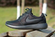 Nike-Roshe-two-running--shose-black-black-black--844656-001
