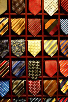 tie display ideas - bar to hold up tip Tie Storage, Clothing Store Interior, Tie Rack, Belt Rack, Tie And Pocket Square, Sharp Dressed Man, Mans World, Suit And Tie, Gentleman Style
