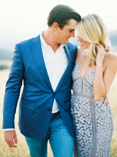 With California's golden sunrays drenching the land this engagement shoot by Erich McVey is magical Engagement Outfits, Engagement Shoots, Engagement Photography, Wedding Photography, Engagement Photo Inspiration, Portrait Inspiration, Couple Shoot, Style Guides, Bride