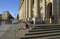 Grand-Théâtre et Hôtel Gobineau Bordeaux   20% DE REDUCTION SUR LES PHOTOS EN VEDETTE JUSQU'A DIMANCHE MINUIT - PROFITEZ-EN !  #placegambetta #pontdepierre #grandtheatre #bordeaux #bordeauxmaville #unairdebordeaux #bordeauxtourisme #officedetourisme #bordeauxcity #architecture #street #batiment #urban #urbex #picsofbordeaux #photodebordeaux #imagedebordeaux #pierre #stone #posterbordeaux #building #monument #promotions #promote #photographebordeaux #bordeauxphotographer #reportage #eos60d Monuments, Street View, France, Architecture, Historia, Photo Galleries, Sunday, Bridge, Stone