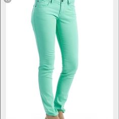 Mint green forever 21 pants 😍 Perfect condition. I bought these pants and they ended up being too small on me. I am in love with the color 💙 the first picture is a stock image. Forever 21 Pants Skinny