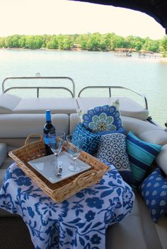 picnic on the pontoon!  From my favorite blog to read homeiswheretheboatis.wordpress.com