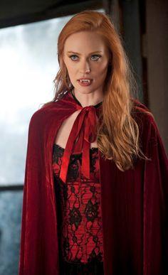 Deborah Ann Woll as Jessica Hamby - True Blood Vampire Love, Female Vampire, Vampire Girls, Gothic Vampire, Vampire Art, True Blood Costume, True Blood Jessica, Serie True Blood, Jessica Hamby