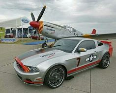Cool exhaust stacks on the Ford Mustang... Classic P-51C